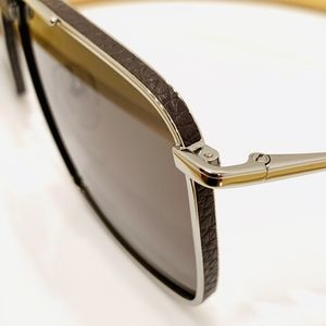 Salvatore Ferragamo Accessories - Salvatore Ferragamo Sunglasses SF221SL color 067